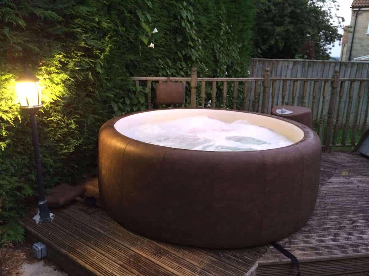 bathworks tub hot zen for cedar pin landscape tubs image small outdoor vs result
