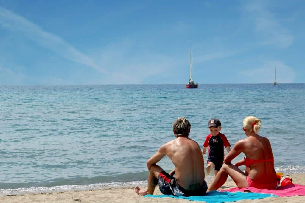 5 Things to Consider When Booking a Family Holiday Abroad