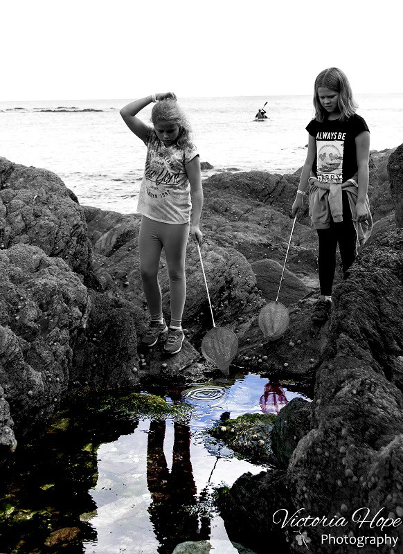 adventures-in-rock-pooling-emily-and-grace
