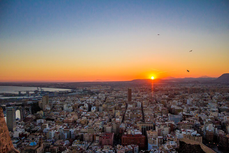 a-birds-eye-view-of-the-alicante-sunset-2