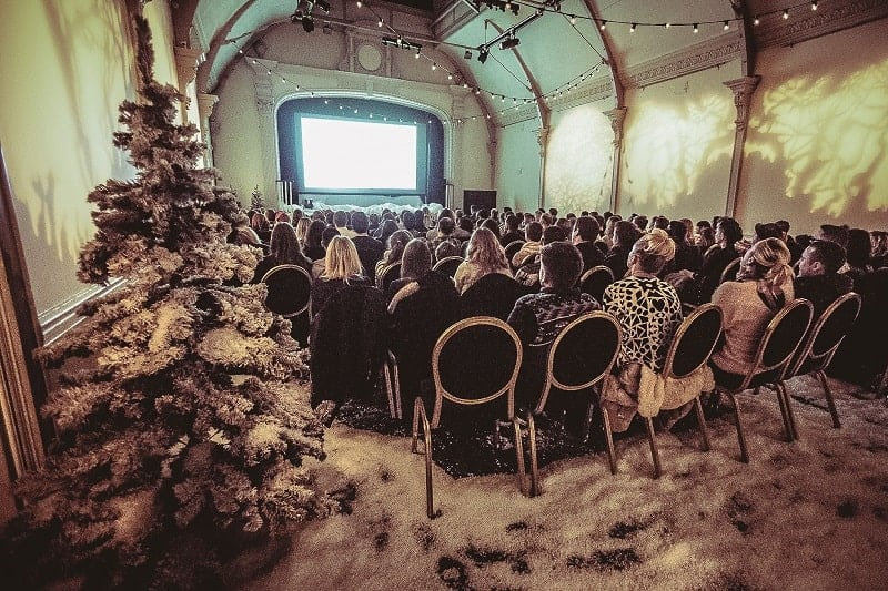 Pop Up Screens 'Cinema in the Snow' for Christmas 2017